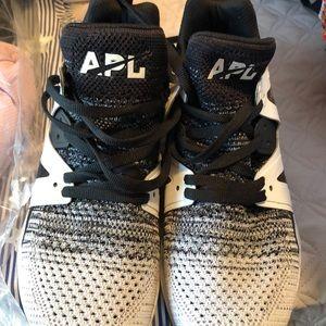 APL Lululemon shoes. NWOT
